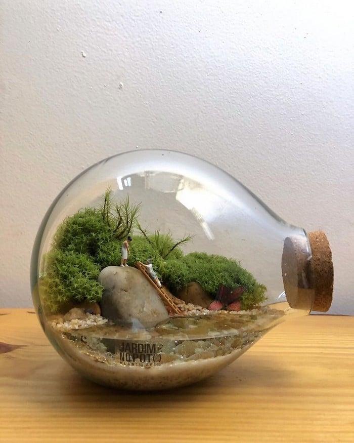 Artistas criam mundos minúsculos em recipientes de vidro (42 fotos) 29