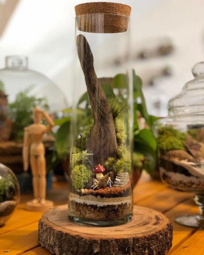 Artistas criam mundos minúsculos em recipientes de vidro (42 fotos) 36
