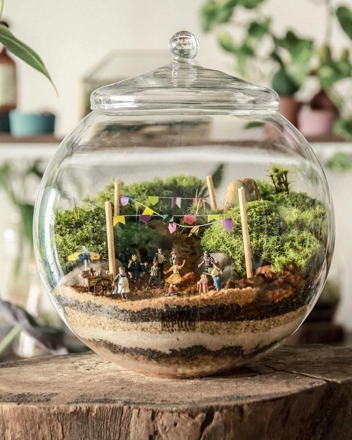 Artistas criam mundos minúsculos em recipientes de vidro (42 fotos) 38