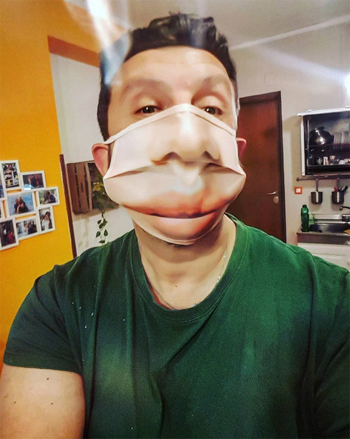 As pessoas estão se protegendo com máscaras engraçadas ultra-realistas (21 fotos) 8