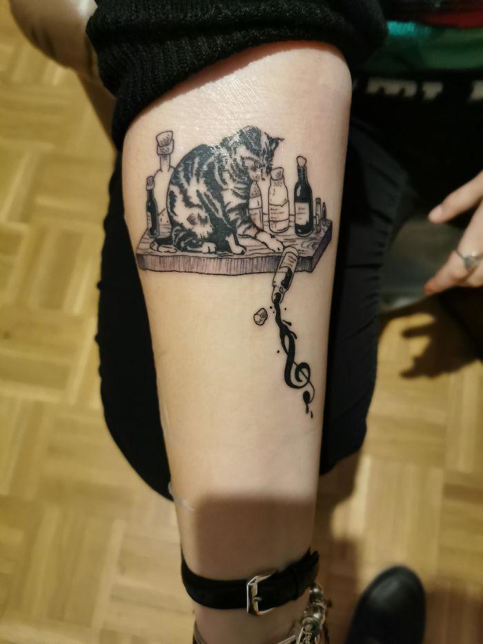 45 pessoas que fizeram tatuagens absolutamente incríveis de gatos 5