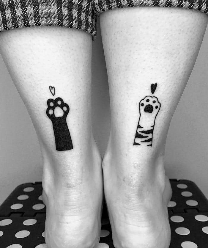 45 pessoas que fizeram tatuagens absolutamente incríveis de gatos 24