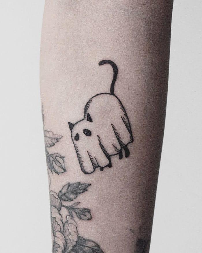 45 pessoas que fizeram tatuagens absolutamente incríveis de gatos 34