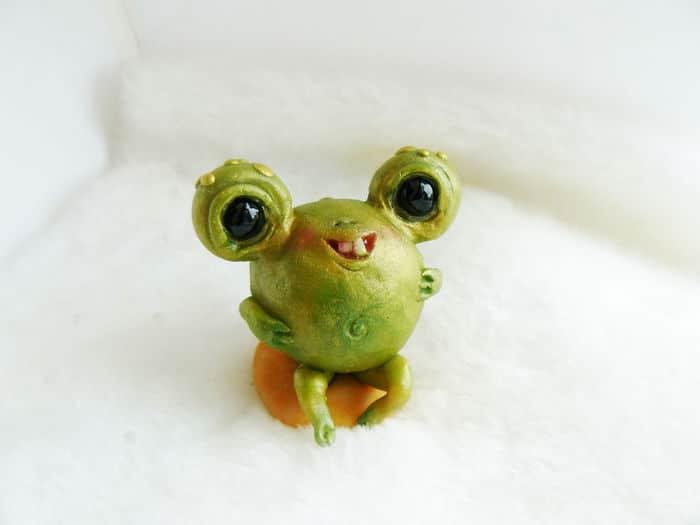 25 trabalho de uma espirante de brinquedos que são assustadores e fofos 8