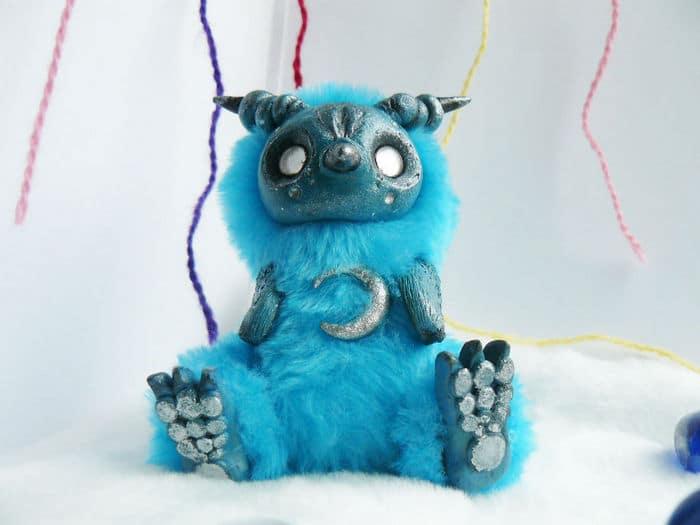 25 trabalho de uma espirante de brinquedos que são assustadores e fofos 9