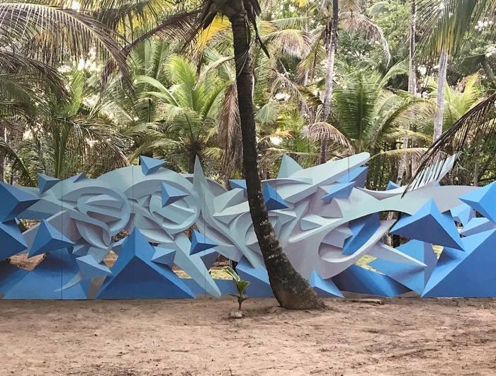 Artista cria obra surreais que parecem mudar a forma dos imóveis 7