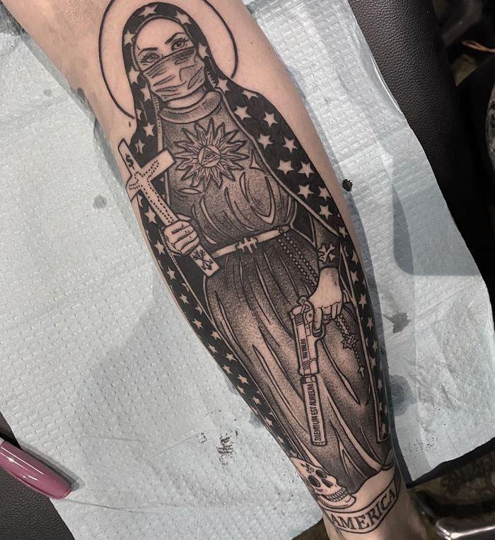 As pessoas estão fazendo tatuagens Covid-19 e aqui estão 40 das melhores 14