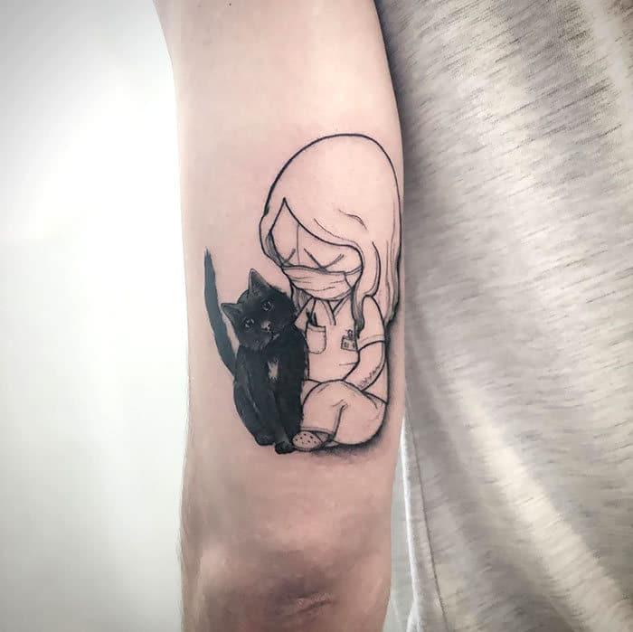 As pessoas estão fazendo tatuagens Covid-19 e aqui estão 40 das melhores 34