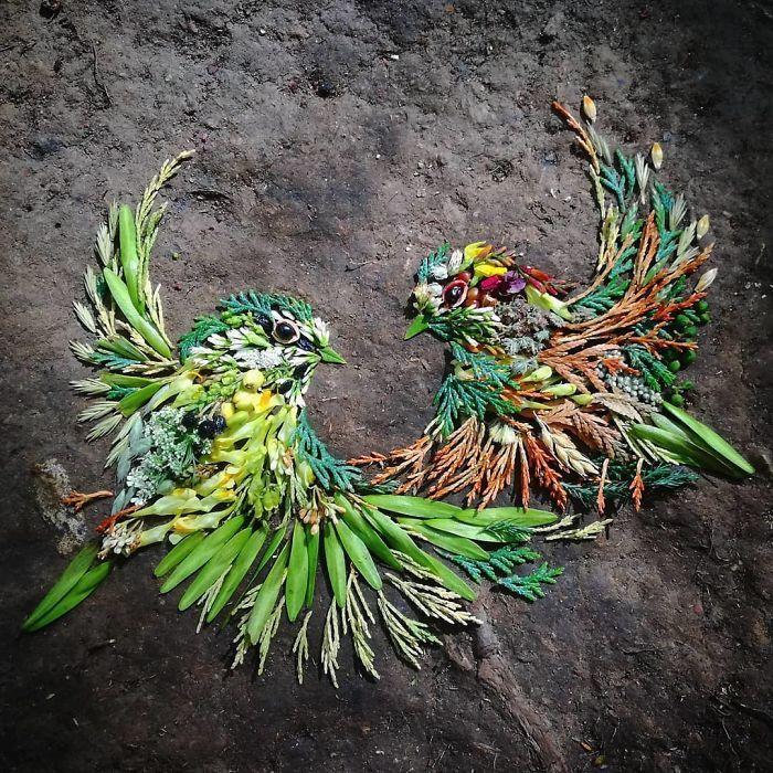 Artista usa coisas que encontra nas florestas para criar lindas mandalas de pássaros 12