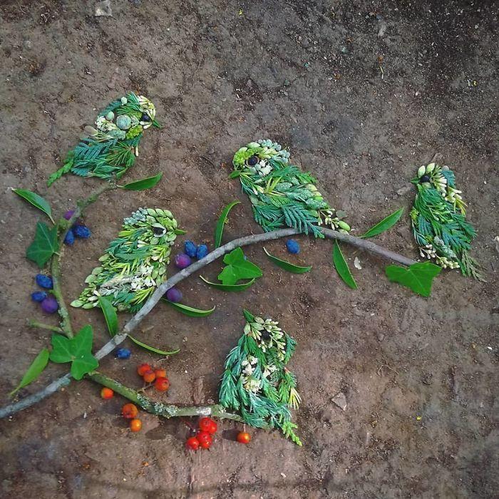 Artista usa coisas que encontra nas florestas para criar lindas mandalas de pássaros 20