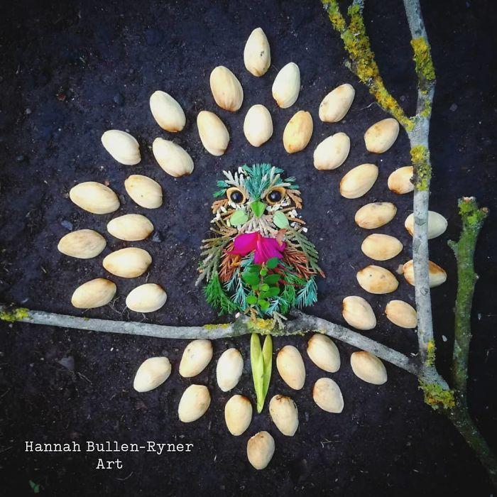 Artista usa coisas que encontra nas florestas para criar lindas mandalas de pássaros 32