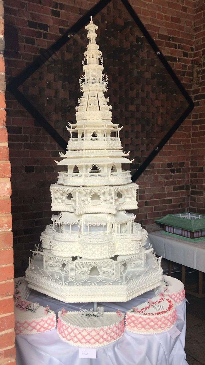 40 bolos de casamento criativos que parecem tão bons que roubaram o show 3