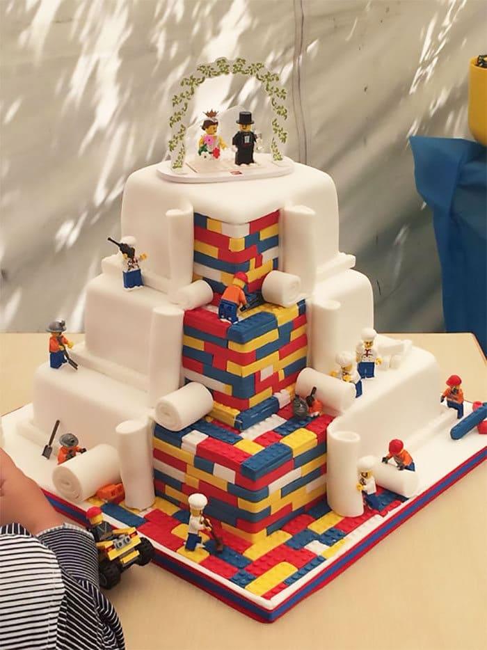 40 bolos de casamento criativos que parecem tão bons que roubaram o show 18