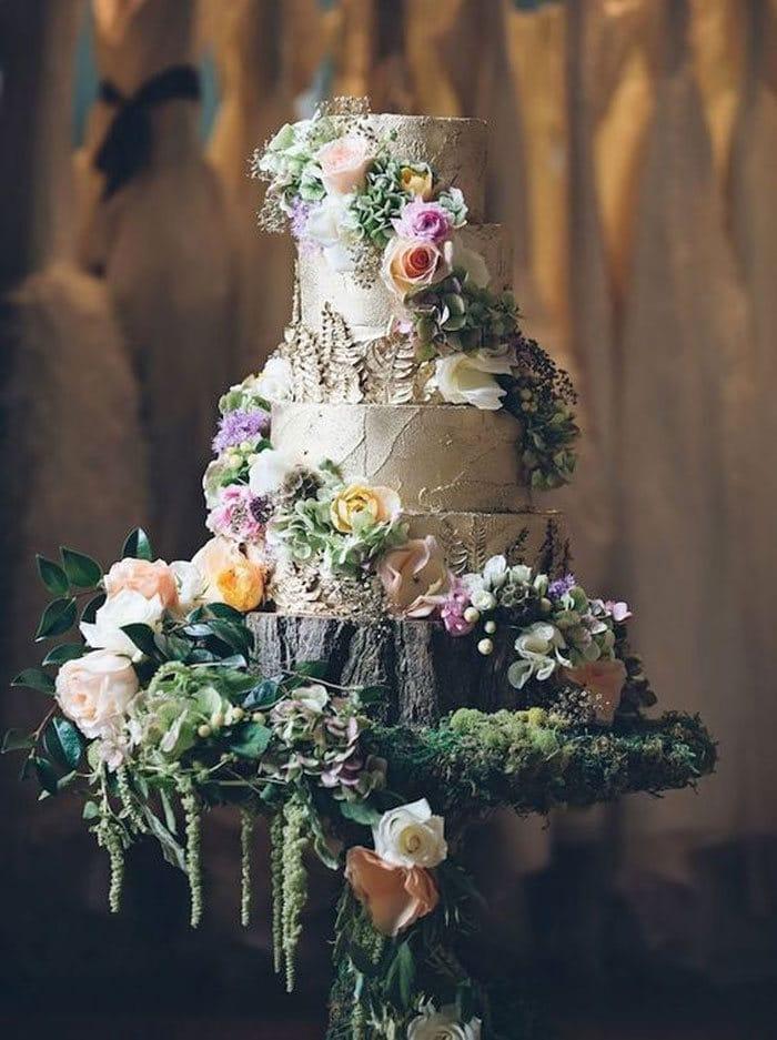 40 bolos de casamento criativos que parecem tão bons que roubaram o show 21