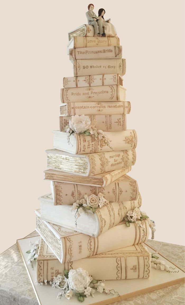 40 bolos de casamento criativos que parecem tão bons que roubaram o show 32