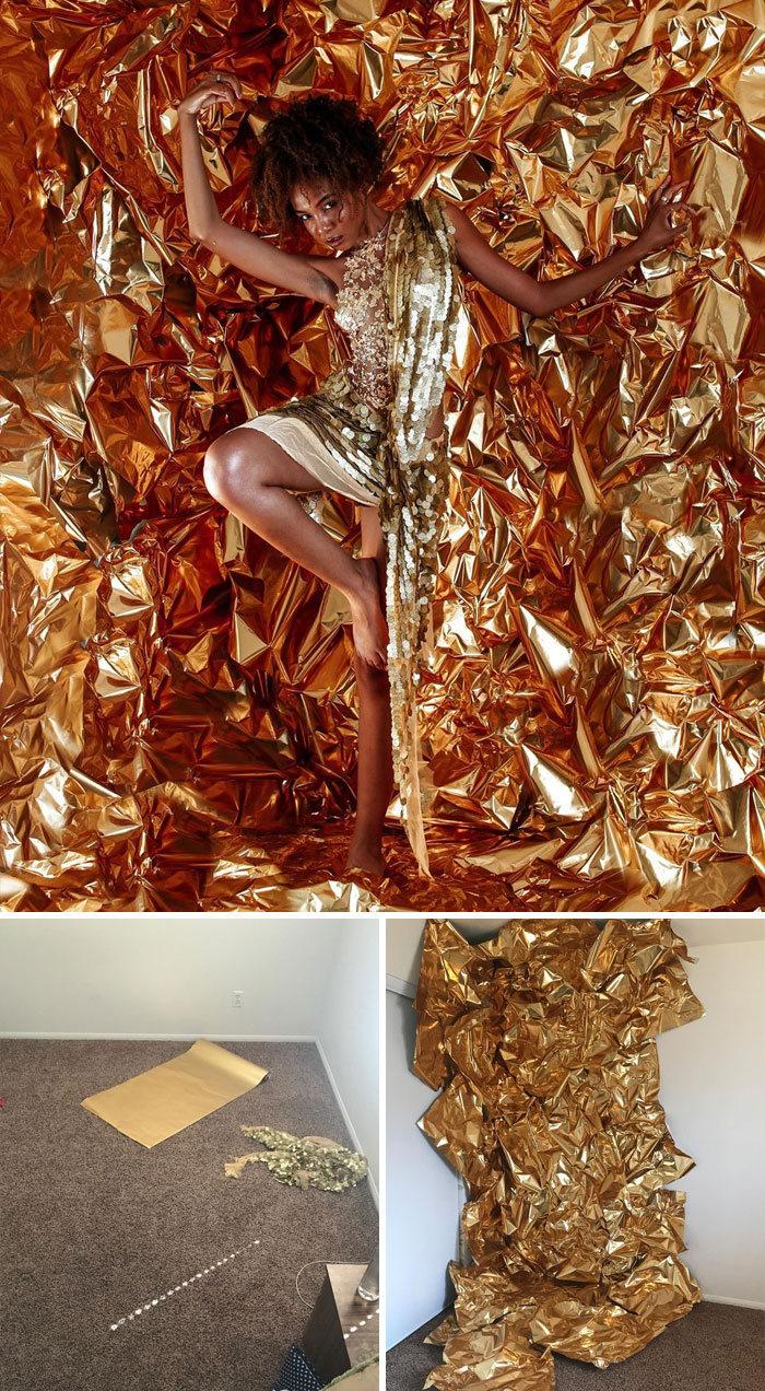 Modelo tira autorretratos dignos de capa de revista em casa totalmente sozinha 4