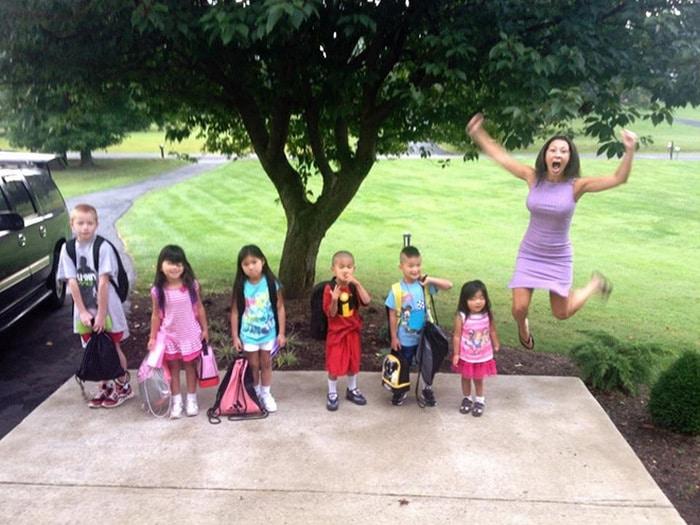 Pais postam aquele momento horrível em que seus filhos voltam para a escola 10