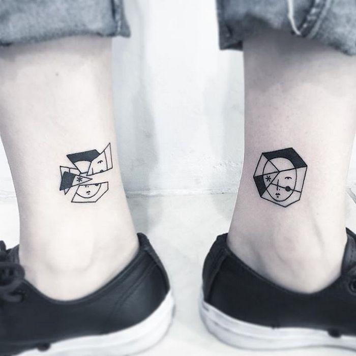 49 tatuagens pequenas para tornozelos que vão te encantar: são discretas e lindas! 18