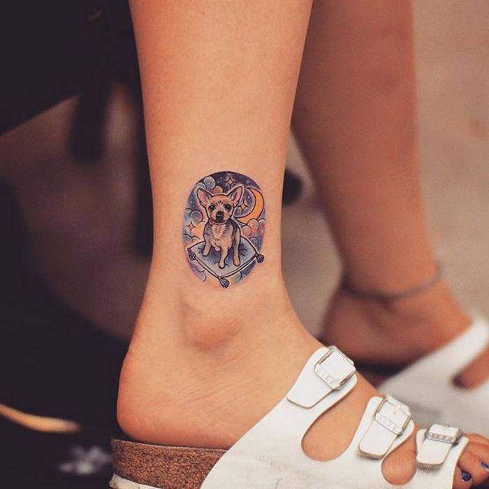 49 tatuagens pequenas para tornozelos que vão te encantar: são discretas e lindas! 27