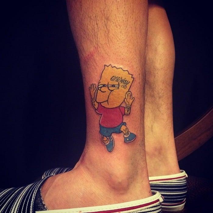 49 tatuagens pequenas para tornozelos que vão te encantar: são discretas e lindas! 33