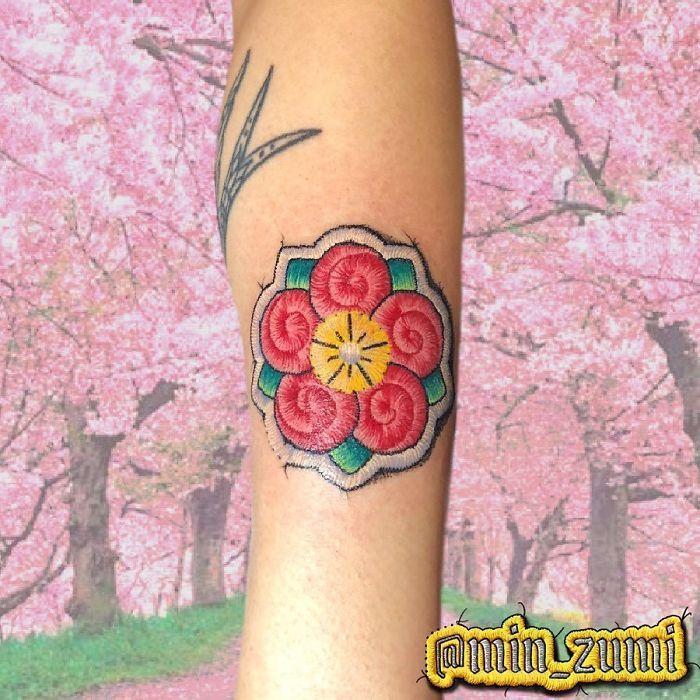 Artista cria tatuagens que parecem remendos costurados e aqui estão 44 de suas obras mais impressionantes 14