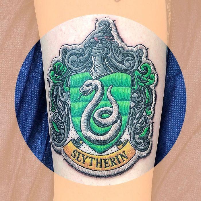 Artista cria tatuagens que parecem remendos costurados e aqui estão 44 de suas obras mais impressionantes 31