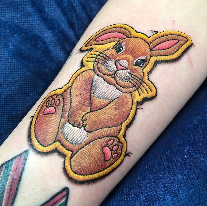 Artista cria tatuagens que parecem remendos costurados e aqui estão 44 de suas obras mais impressionantes 45