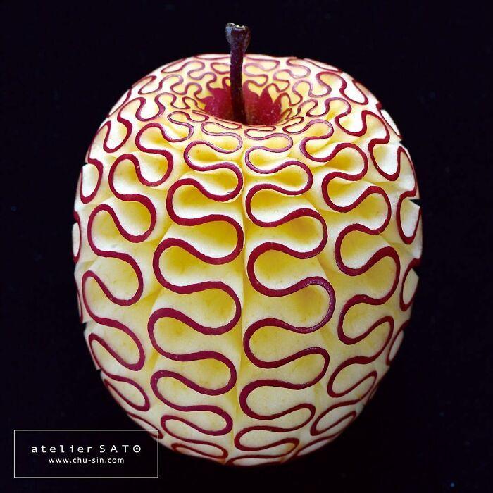 Artista japonês esculpe à mão padrões e ornamentos em comida 2