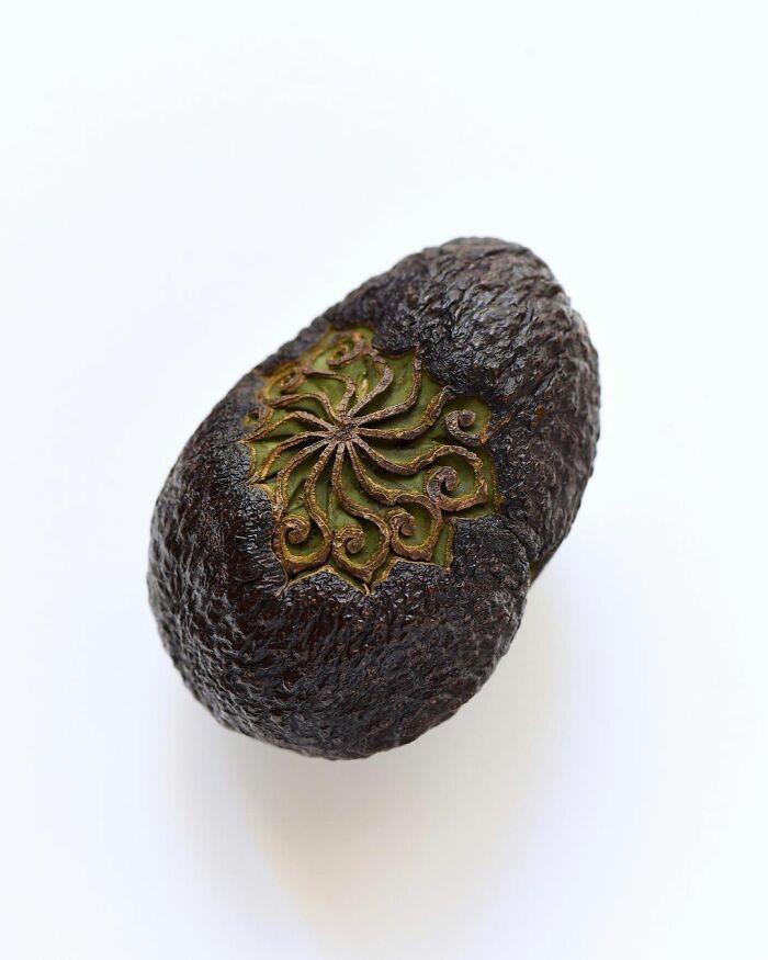 Artista japonês esculpe à mão padrões e ornamentos em comida 5