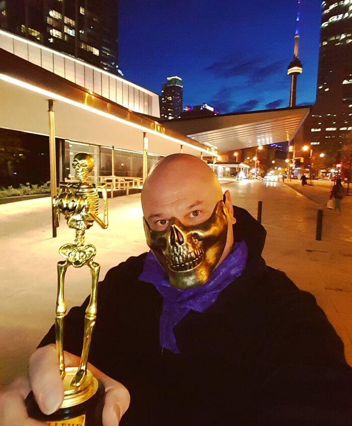 47 máscaras que também fazem ótimas fantasias de Halloween 22