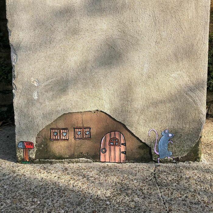 Artista francês espalha humor em espaços urbanos por meio de sua arte 15