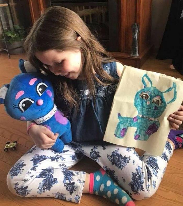 16 brinquedos criando a partir de desenhos feitos por crianças 4
