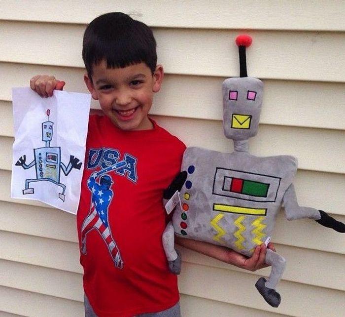 16 brinquedos criando a partir de desenhos feitos por crianças 12