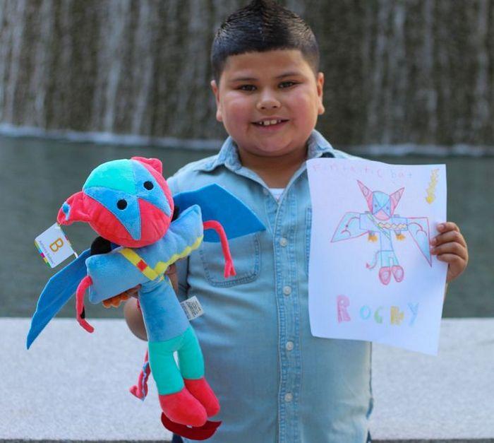 16 brinquedos criando a partir de desenhos feitos por crianças 16