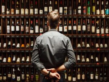17 histórias de funcionários de lojas de bebidas sobre menores de idade tentando comprar bebida 39