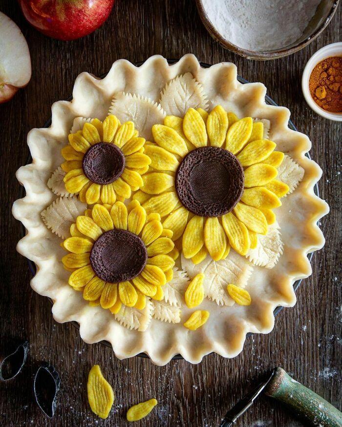 Mulher faz tortas lindas que roubariam a cena em todas as mesas 2