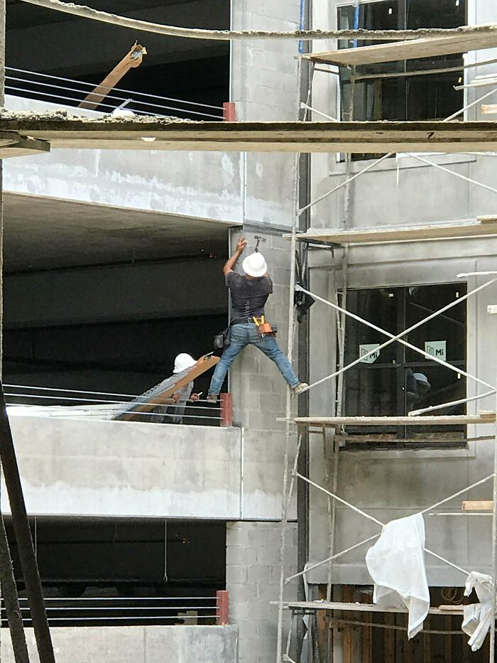 38 piores exemplos de segurança do trabalho que nenhum trabalhador da construção civil deve seguir 26