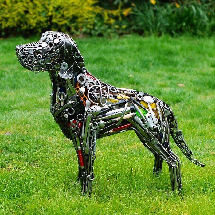 Artista americano traz materiais reciclados de volta à vida, aqui estão 42 de suas esculturas incríveis 6