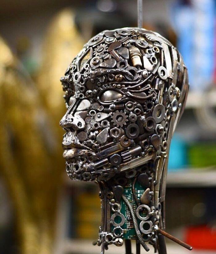 Artista americano traz materiais reciclados de volta à vida, aqui estão 42 de suas esculturas incríveis 7