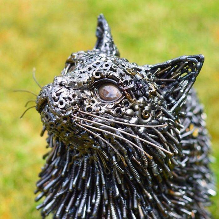 Artista americano traz materiais reciclados de volta à vida, aqui estão 42 de suas esculturas incríveis 16