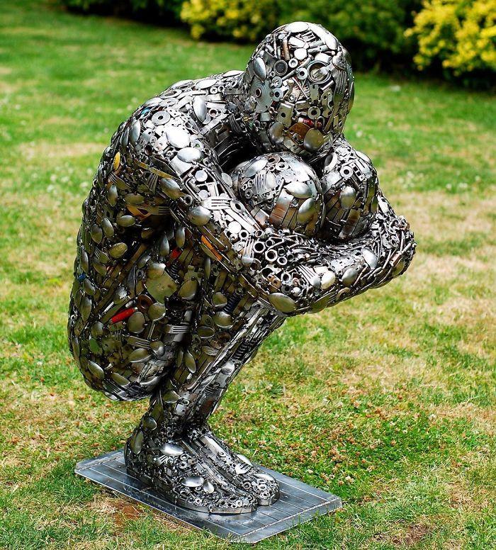 Artista americano traz materiais reciclados de volta à vida, aqui estão 42 de suas esculturas incríveis 20