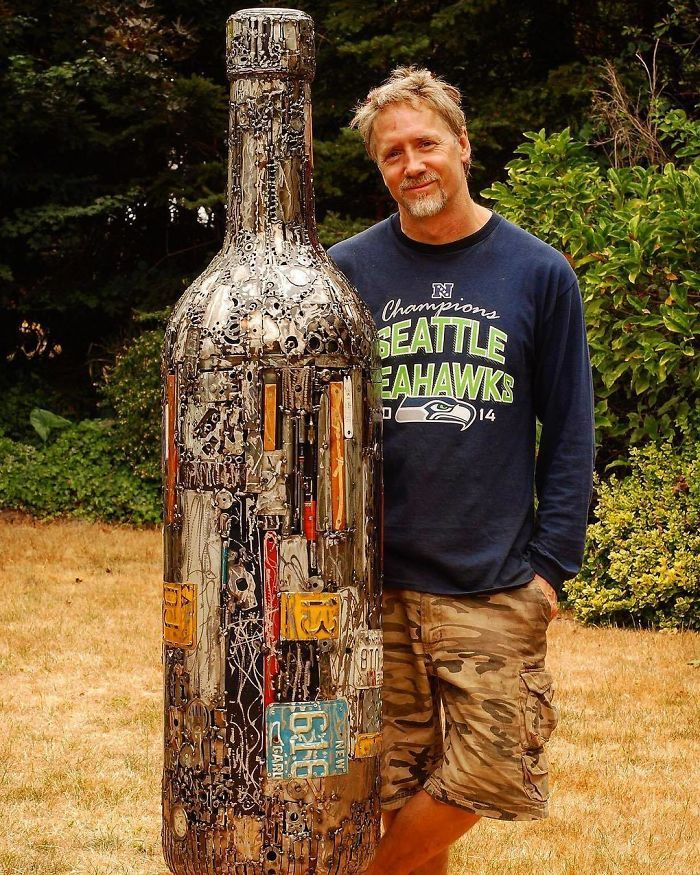 Artista americano traz materiais reciclados de volta à vida, aqui estão 42 de suas esculturas incríveis 31