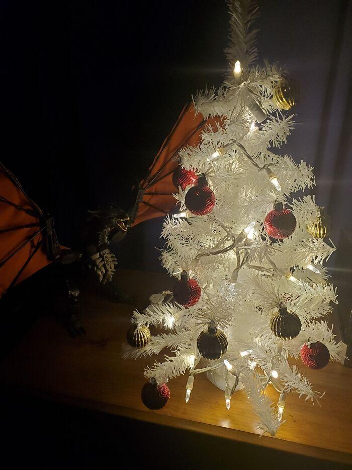 Ei, leitores, compartilhem sua árvore de Natal conosco 10