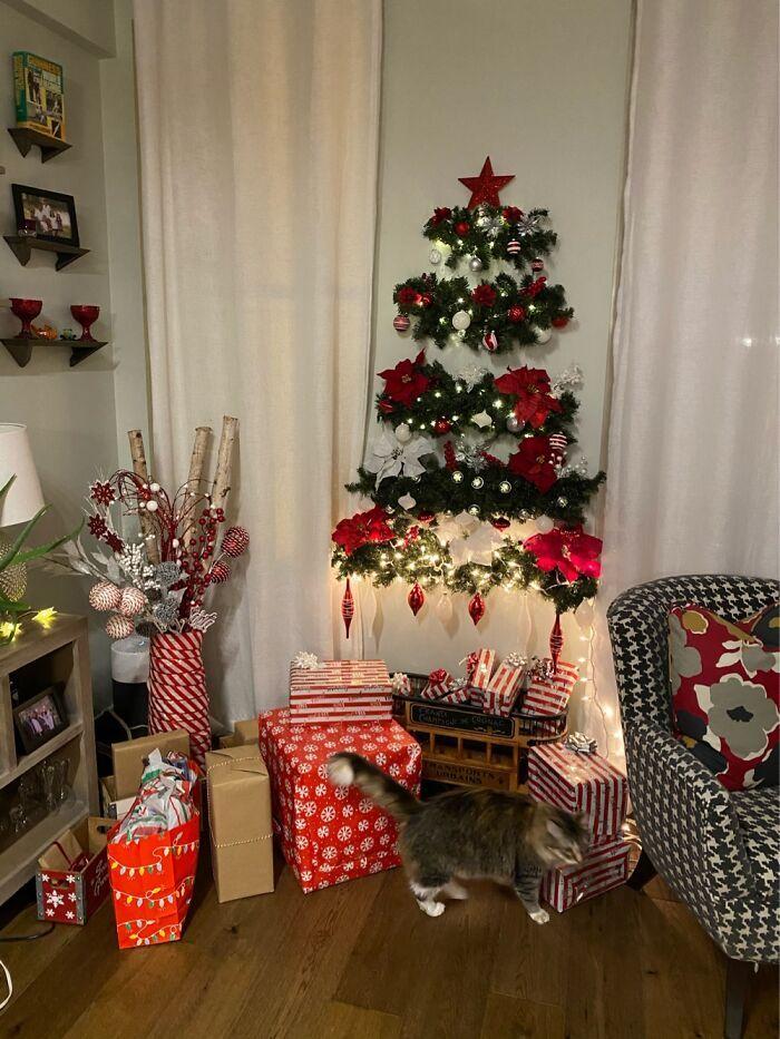 Ei, leitores, compartilhem sua árvore de Natal conosco 25