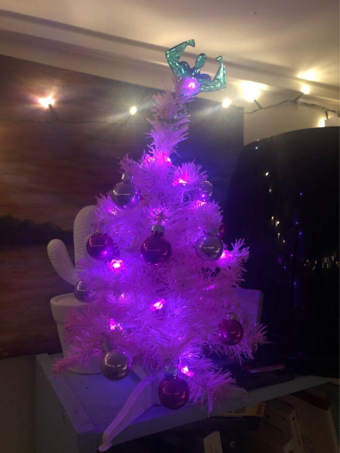 Ei, leitores, compartilhem sua árvore de Natal conosco 27