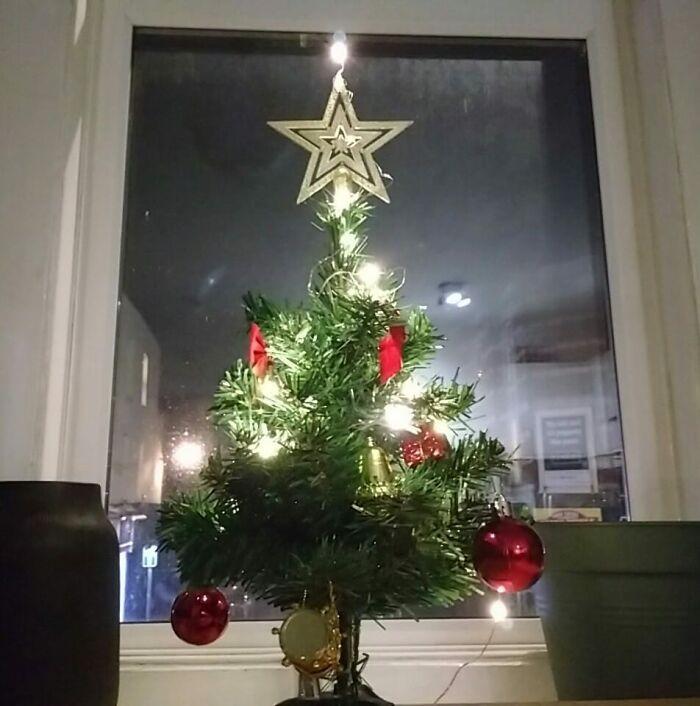 Ei, leitores, compartilhem sua árvore de Natal conosco 37