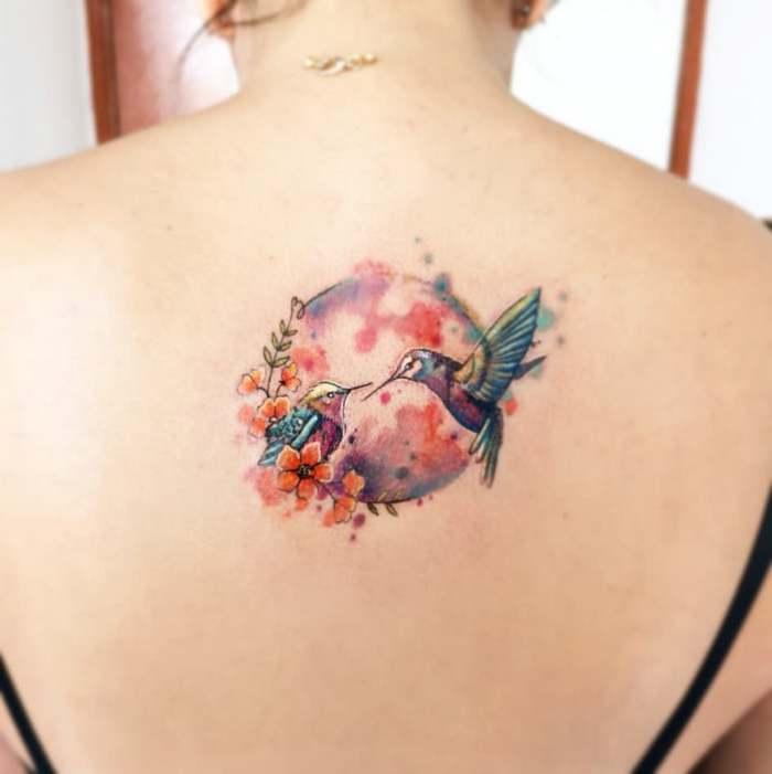 14 ideias de tatuagem de lua em aquarela 7