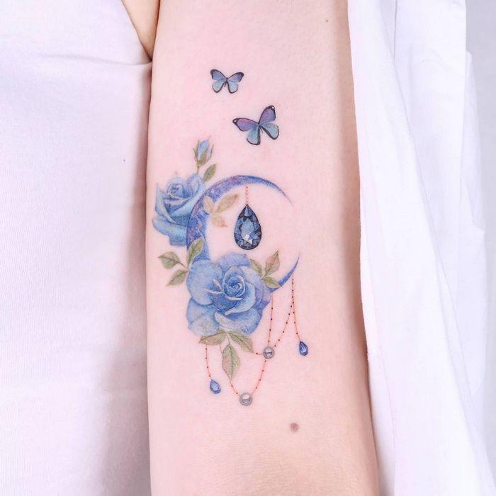 14 ideias de tatuagem de lua em aquarela 12