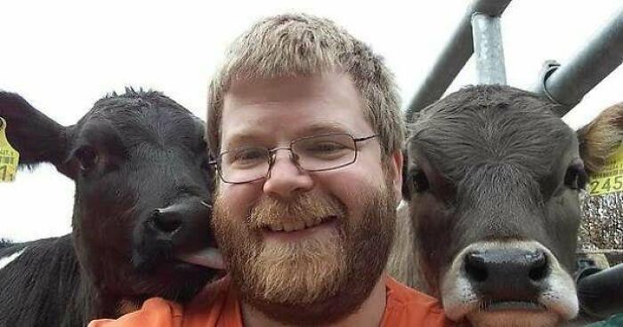 As pessoas postam fotos de gatos nos ombros e agora os proprietários de outros animais de estimação aderiram à tendência 36