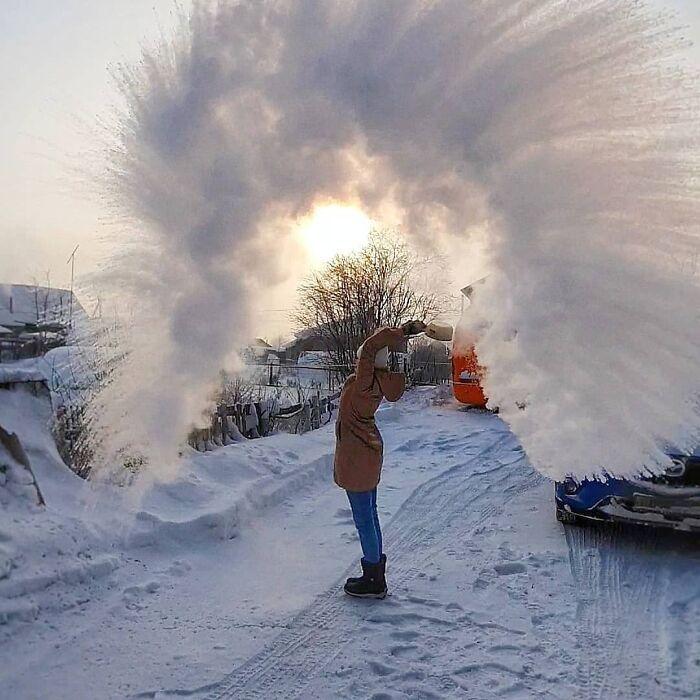 30 fotos que mostram o quão insuportável está o frio na Rússia agora 14